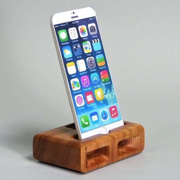the handmade iphone 6 charging station with audio amplifier - Iphone Charging Station