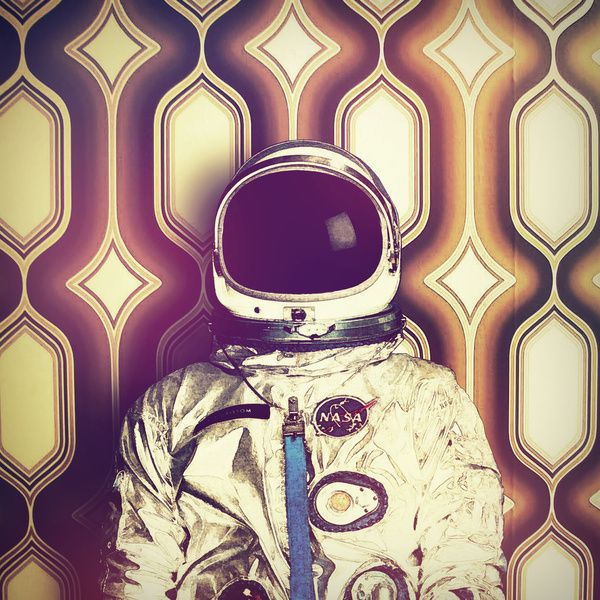 Back Down To Earth by Rubbishmonkey | astronautas | Pinterest ...