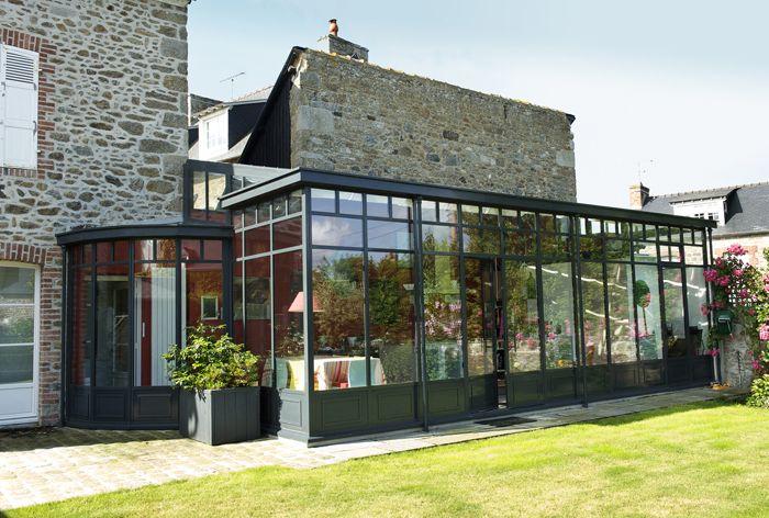 Véranda de style contemporain en acier et fer forgé TURPIN LONGUEVILLE | Veranda design, Veranda ...