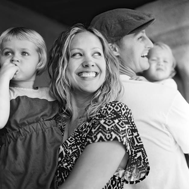 jonathan canlas's image of rachel thurston and family in black and white again