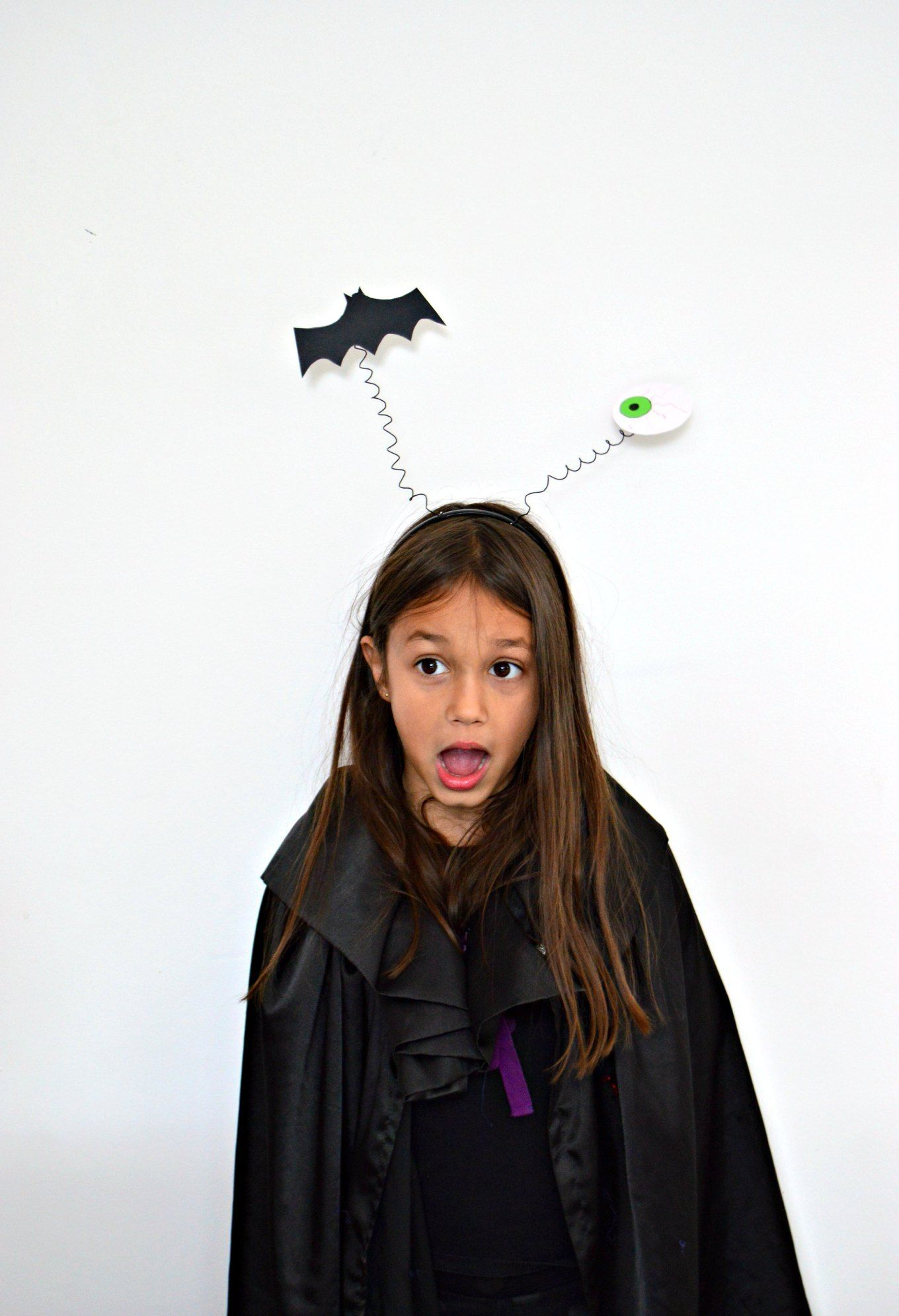 Bouncy DIY Halloween headbands (with video presented by a kid for ...
