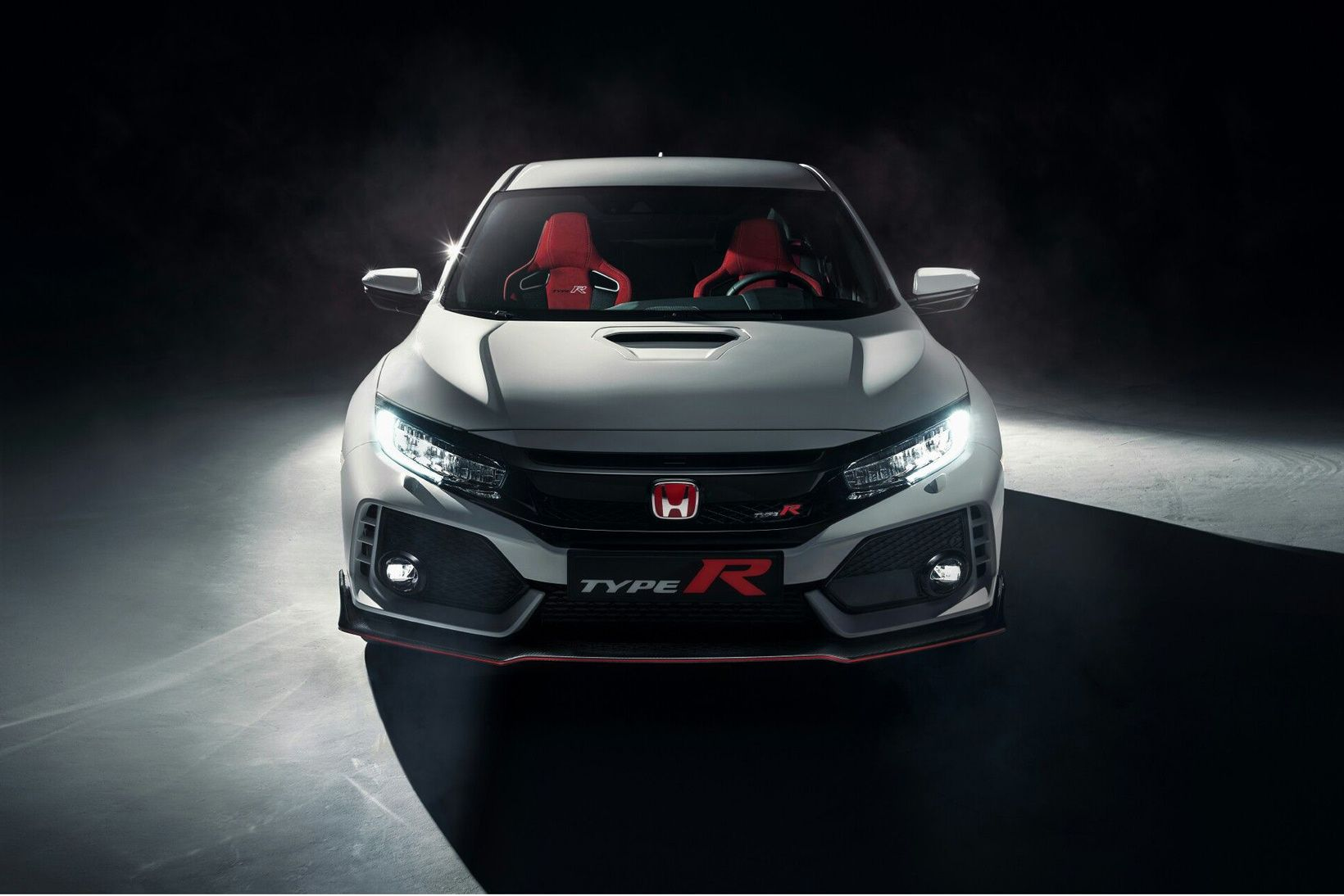 Honda Civic Type R Production Version Finally Unveiled