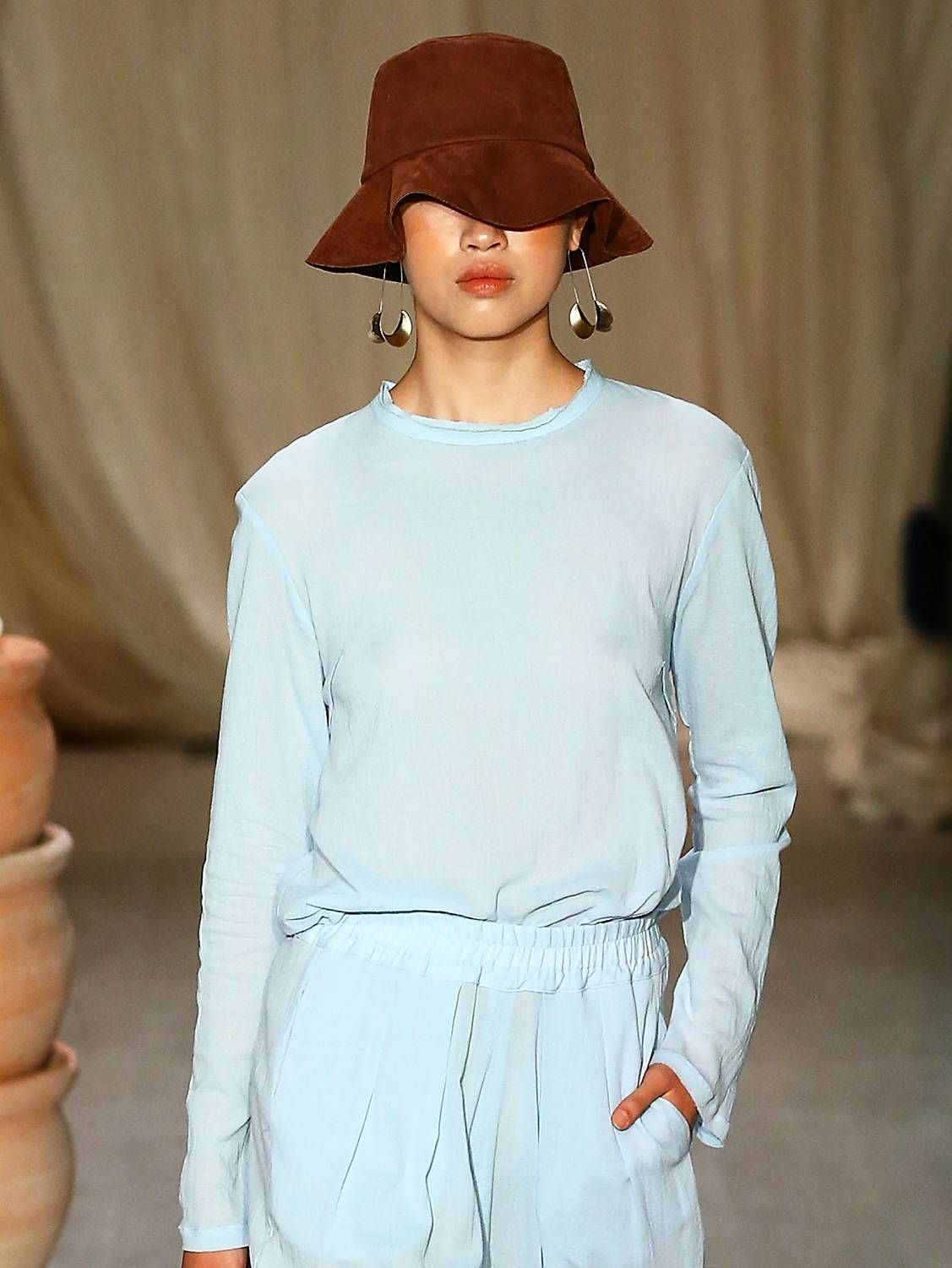 9486023e Here Are 7 Spring/Summer 2019 Trends to Buy Before It's Too Late in ...