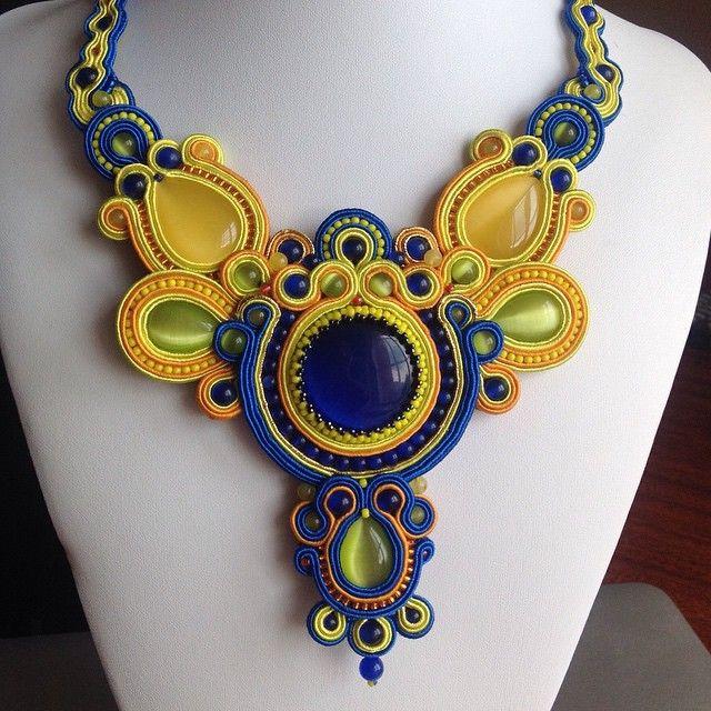 deanastasiadincher (Анастасия Динчер) | Iconosquare--Love the colors! Interesting soutache...
