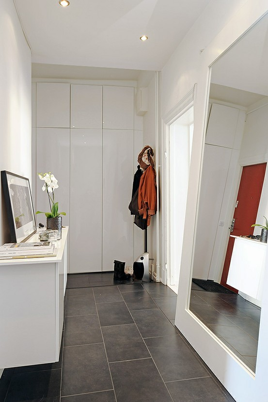 Comment Decorer Son Entree De Maison Amenager Simple | Small entryways, Home, Home deco
