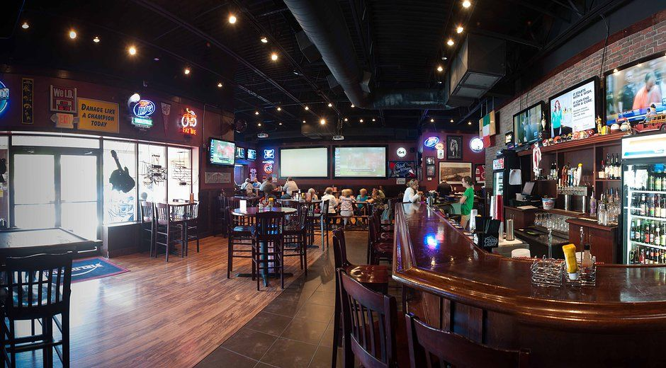 The Fieldhouse Bar Grill In Campustown Near Bradley University In Peoria Il Is Another One Of The Local Bars I Like An Cool Bars Local Bars Local Restaurant