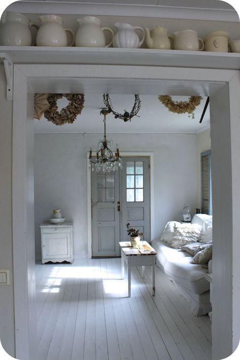 brocante woonkamer in wit laat zien hoe prachtig een brocante interieur is wil jij ook