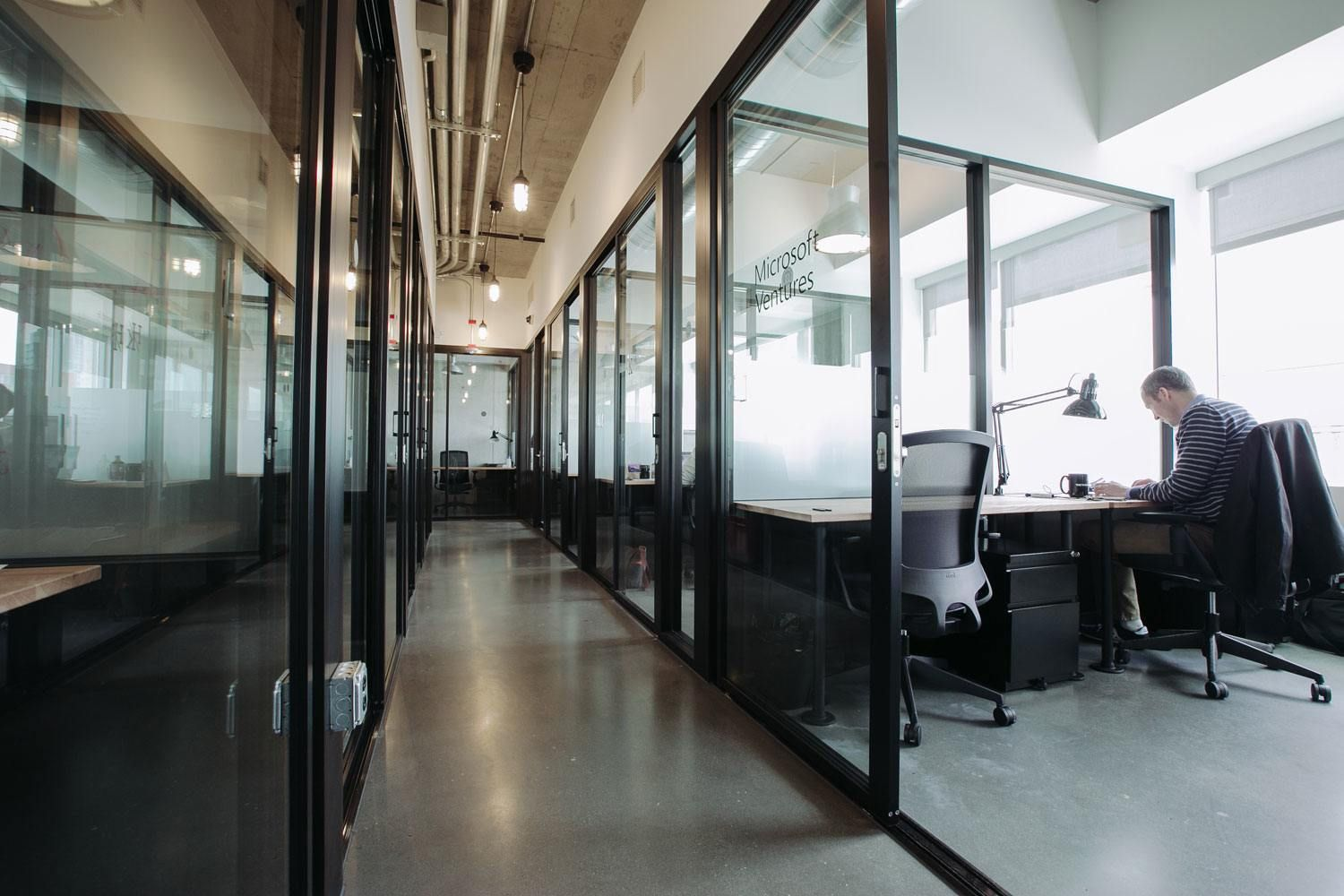 Wework Seattle S South Lake Union Office Design Concepts Coworking Office Space Coworking