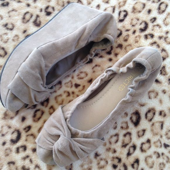 """7.5"""" cute suede nude shoes Gently used Shoes Wedges"""