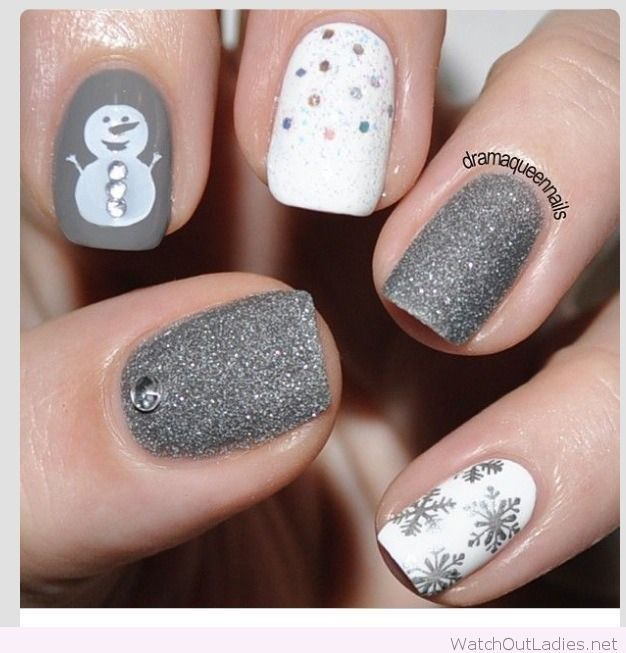 Grey And White Christmas Nail Design Christmas Nails Nails