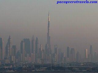 Atardecer viendo el Burb Khalifa desde el Costa Fortuna #cruceroconniños http://www.pacoyverotravels.com/2014/03/crucero-con-ninos-oriente-medio-costa-cruceros.html