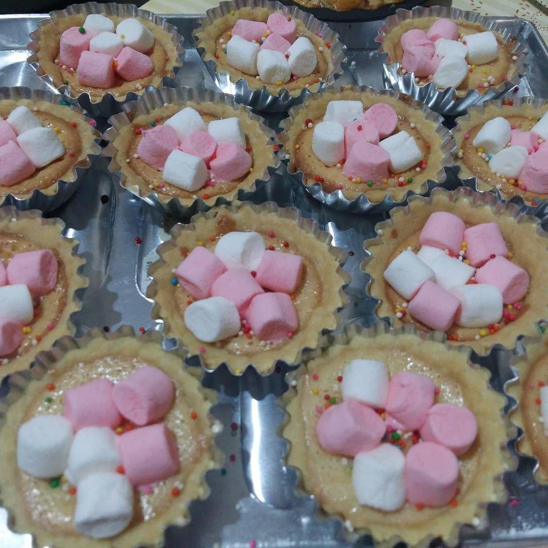 #cake #cookies #bakery #applepie #pie #piesusu #birthdaycake #nastar #piecoklat #coklat #kue #apple #roti #coffebun #rainbowcake