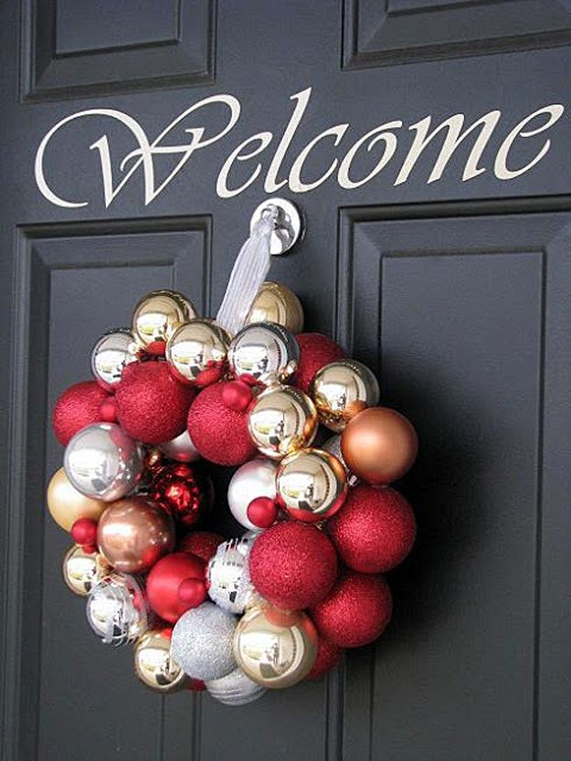 Decorating Wreath With Christmas Balls 26 Most Beautiful Diy Holiday Wreaths Ever  Homemade Christmas