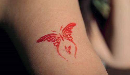 85 Seductive Hip Tattoo Designs for Girls - Heat the Floor   Seductive Butterfly Tattoos