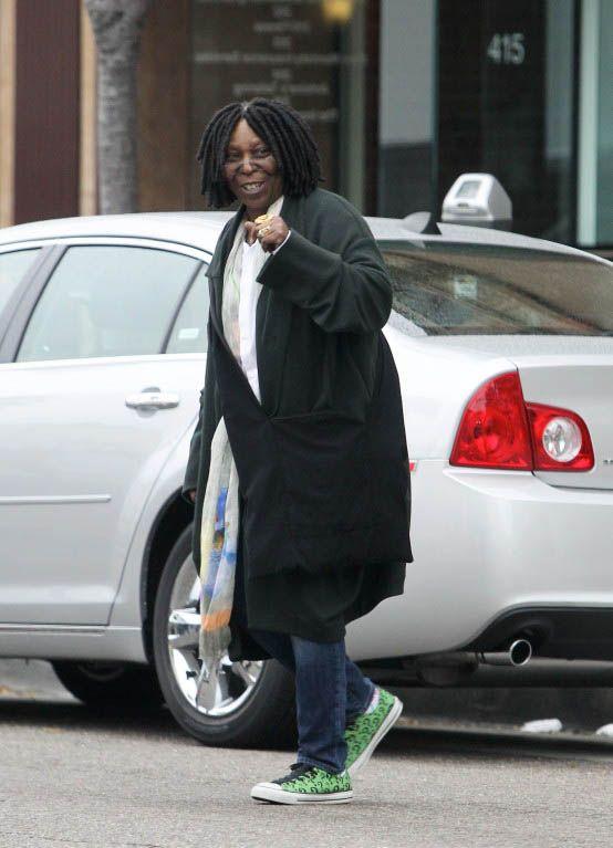 21db4fa5f Whoopi Goldberg wearing Converse DC Comics Batman Riddler Shoes ...