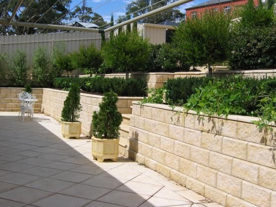 paved outdoor entertainment area - Google Search (With ... on Garden Entertainment Area Ideas id=64697