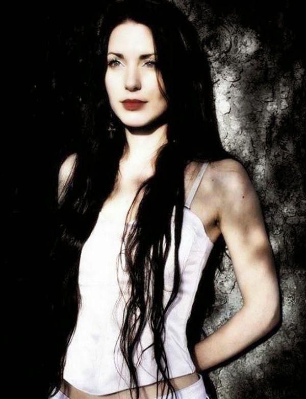 Aleah Standbridge Trees Of Eternity Jpg 600 780 Trees Of Eternity Metal Girl Female Singers