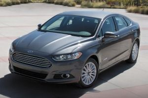 Ford Fusion Hybrid Review Research New Used Ford Fusion Hybrid Models Ford Fusion Accessories Best Hybrid Cars Ford Fusion