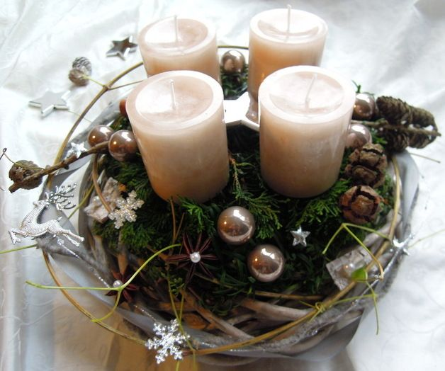 Adventskranz braun tischdeko weihnachten advent for Advent tischdeko