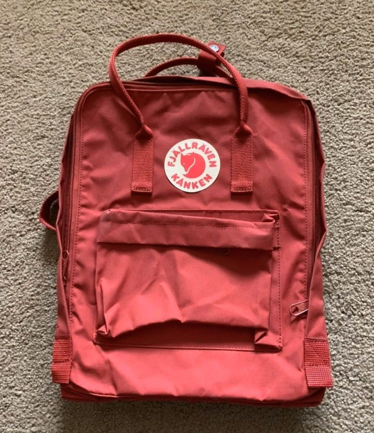 Wine Red Fjallraven Kanken Backpack In 2020 Fjallraven Kanken Backpack Fjallraven Kanken Backpacks