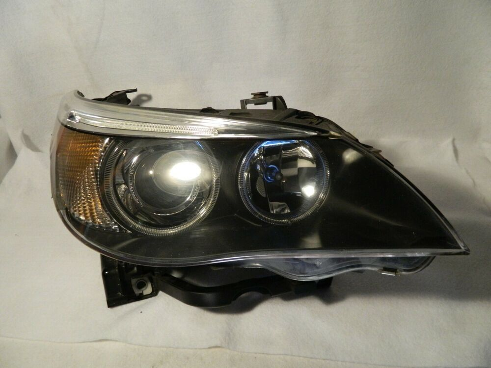 2004 07 Bmw 525i 530i 550i Passenger Side Headlight Xenon Hid Afs Complete Oem Bmwxenon In 2020 Hid Headlights Things To Sell Bmw