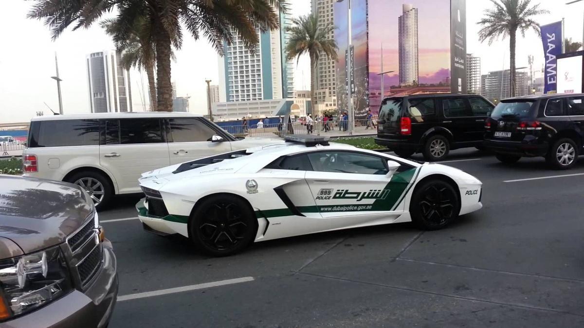 Dubai Police Supercars Police Lamborghini Cars Bugatti Veyron Bugatti Cars