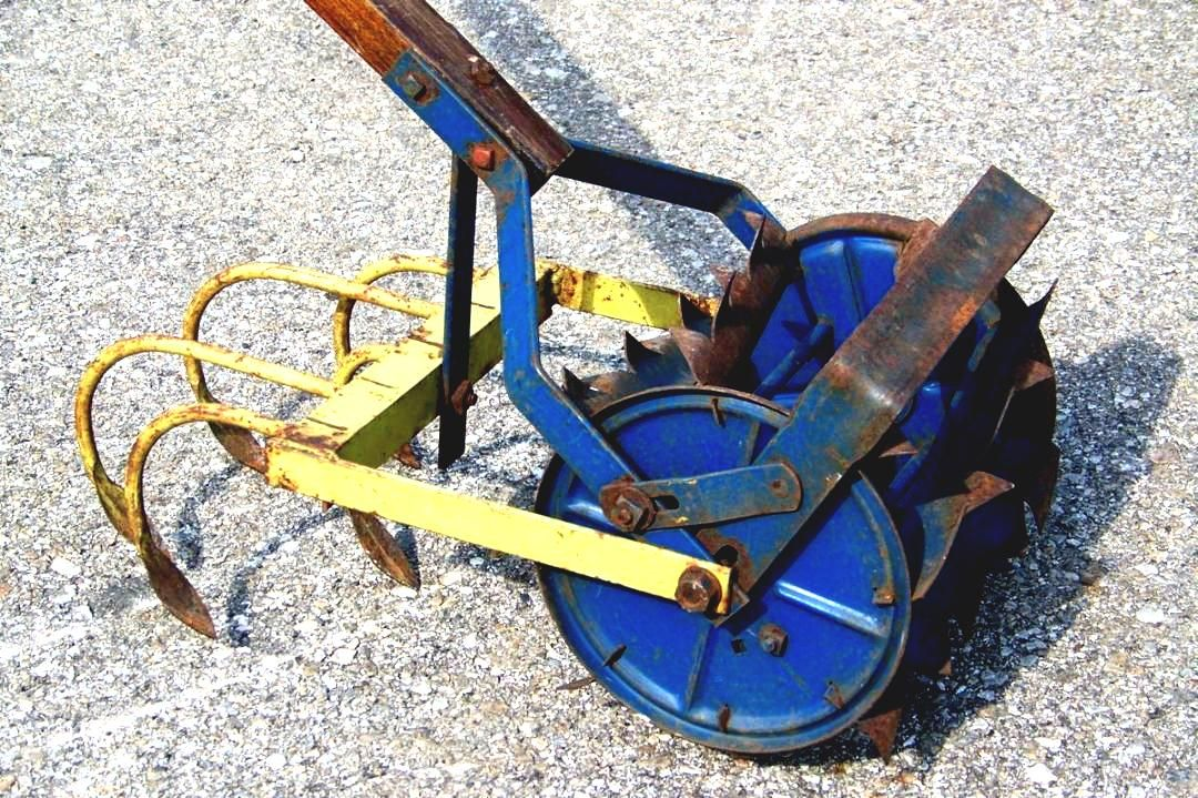 Exceptionnel Hand Push Cultivator Vtg Planet Jr Garden Plow Gardening Tool On Popscreen  Vintage Antique Tiller Claw