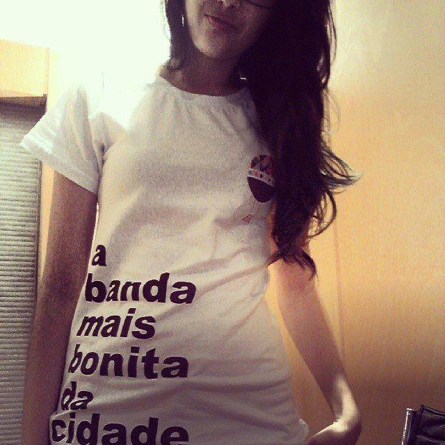 Camiseta Helvetica Feminina M A Banda Mais Bonita Da Cidade