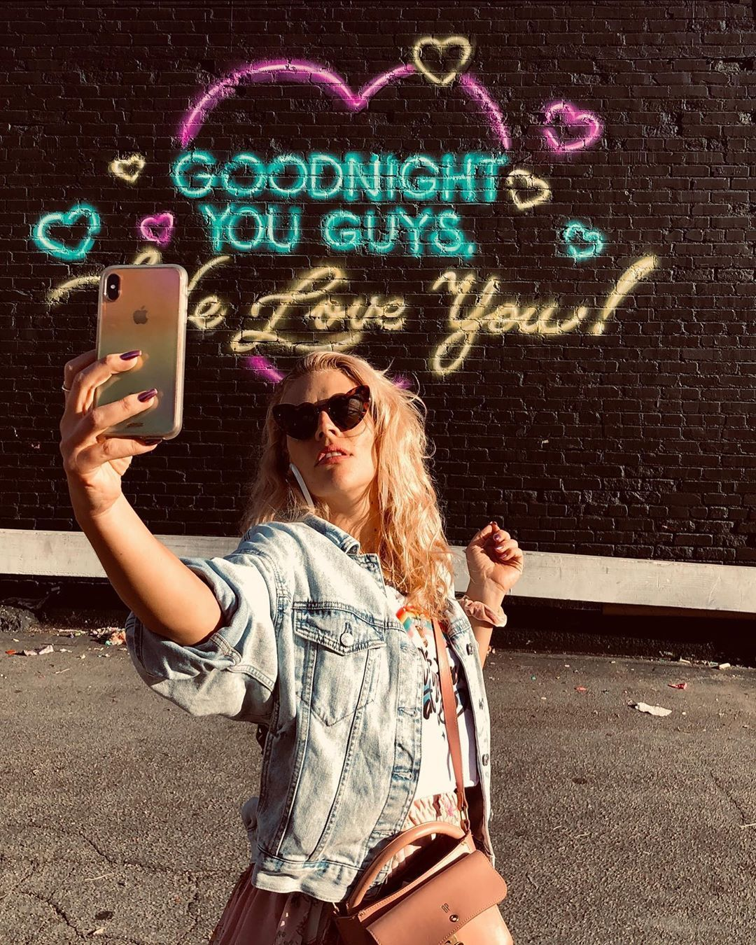 Busy tonight in 2020 Busy philipps, Pretty outfits
