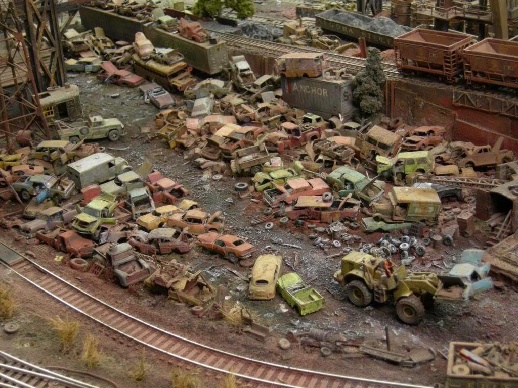 Awesome junkyard ho scale 13 ho scale models planes trains automobiles pinterest - Ho scale layouts for small spaces concept ...