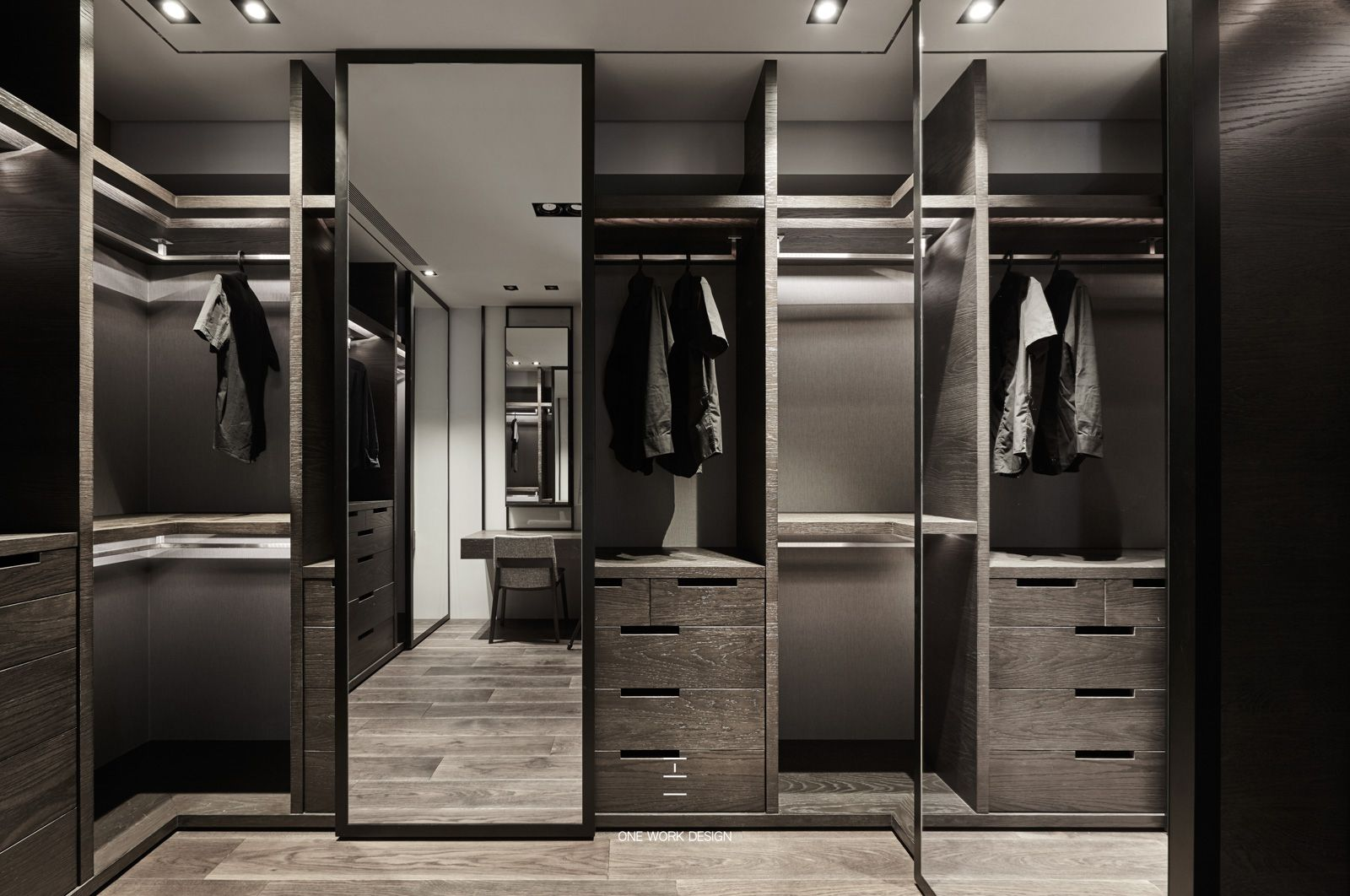 Molteni Divani Arosio Pin By Richard Hong On Walk In Closet In 2019 Wardrobe Design