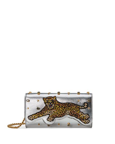 50b5606078a GUCCI Broadway Tiger-Embellished Leather Clutch Bag