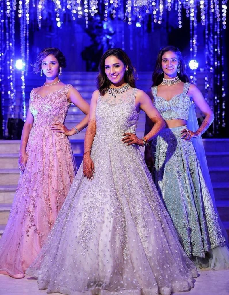 Sister Of The Brides Mohan Sisters Wedding Outfits Their Lehenga Prices Indian Wedding Gowns Indian Wedding Outfits Bride Sister