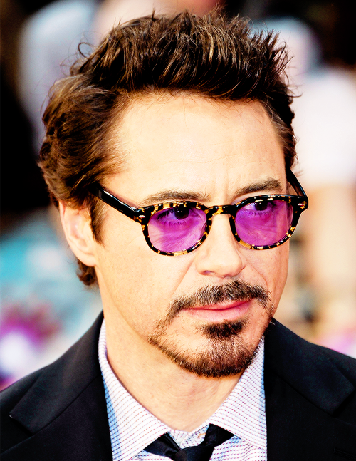 32cd2028a0 Robert Downey Jr. and the purple sunglasses.