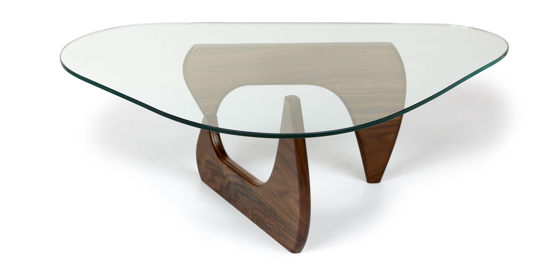 Merveilleux Triangle Shaped Glass Coffee Table