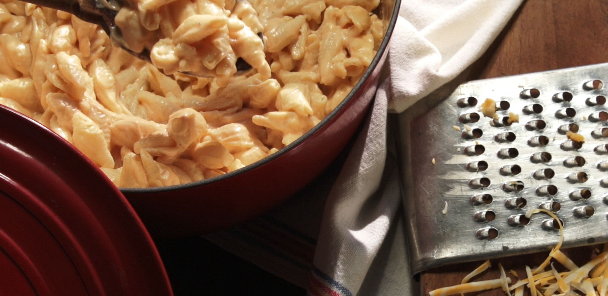 Creamy StoveTop Mac and Cheese Recipe Farmhouse rules