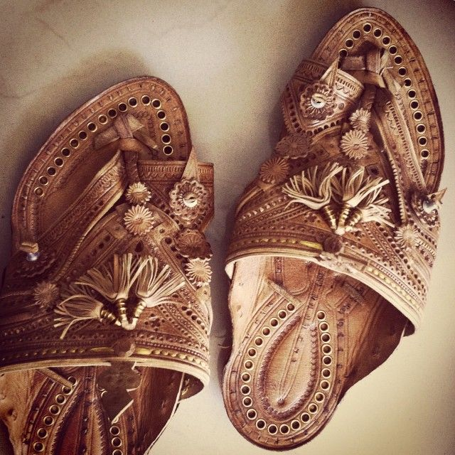 God named detail. The insanity called love. #allinthisshoe #leather #leatherart #handmade #handcrafted #100percentlove #indiancrafts #workmanship #labouroflove #footwear #artisanal #precious #timeless