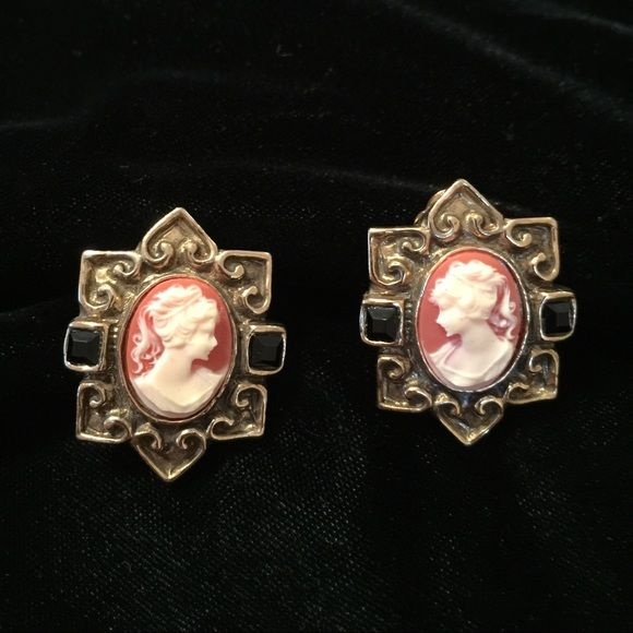 97c92ed4f440a Vintage cameo earrings Beautifully unusual vintage gold tone cameo ...