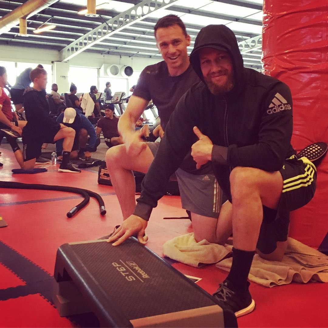 "GYM RECOVERY: @tawerakb and @bensmith1100 perform the ""Couch"" stretch, for quads and hips. The focus of today's session was still very much on recovery. #TeamAllblacks @nicgill1"
