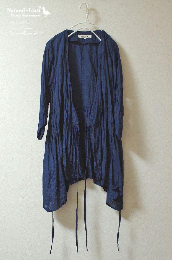 サイズ   :9号  身 幅   :52.6cm  着 丈   :73cm (首から 74.4cm)    袖 丈   :38.2cm    適応バスト :8...|ハンドメイド、手作り、手仕事品の通販・販売・購入ならCreema。