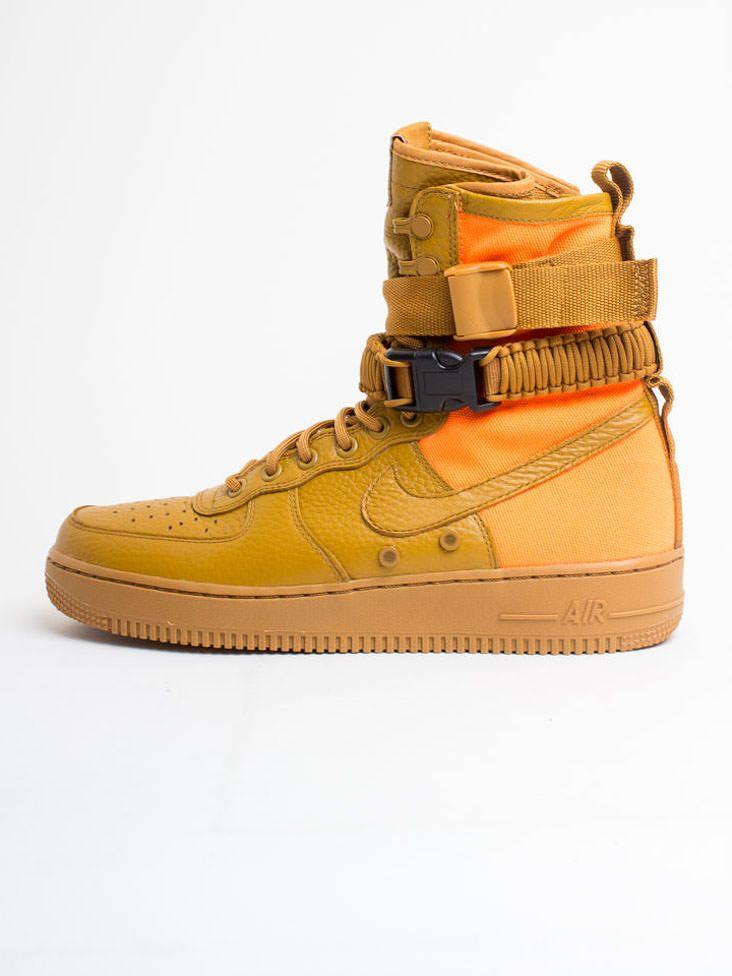 Scopri Stivali e Scarponcini Sf Af1 Qs Nike Sportswear. Approfitta delle  migliori offerte Streetwear e