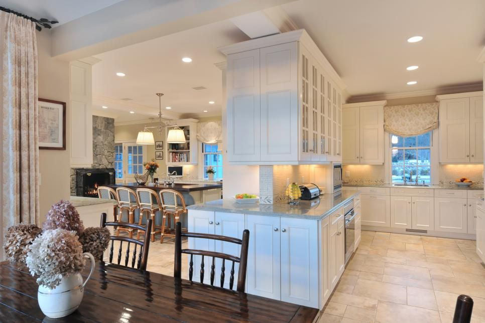 This Charming Kitchen Expertly Maintains The Warmth And