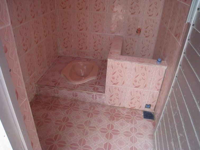 65 Desain Model Kamar Mandi Minimalis Modern 2019 Toilet And Bathroom Design Small Bathroom Makeover Bathroom Design Small Minimalist bathroom design 1x1 desain
