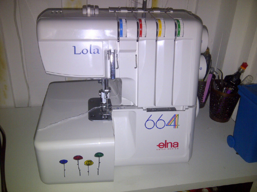 Sewing Machine Review Elna 240 Explore And Elna 664 Serger Sewing Machine Sewing Machine Reviews Machines Fabric