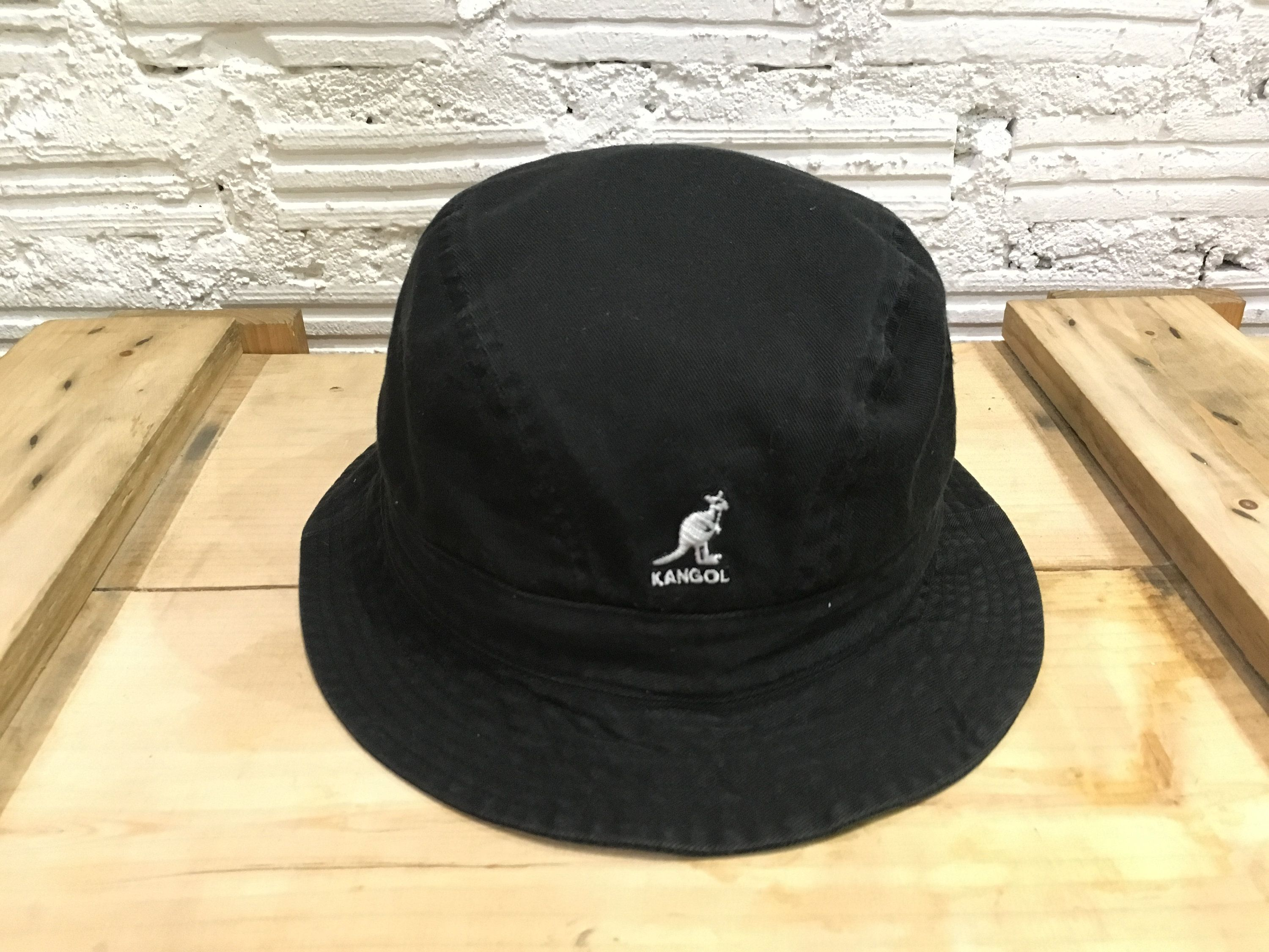 8e6b06ad506fc Vintage Kangol bucket hat embroidered logo Black Size M Excellent condition  by AlivevintageShop on Etsy