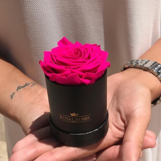 Single Long Lasting Rose Box Lifetime Is Over 1 Year En 2020 Arreglos Florales Sencillos Arreglos De Rosas Flores En Caja