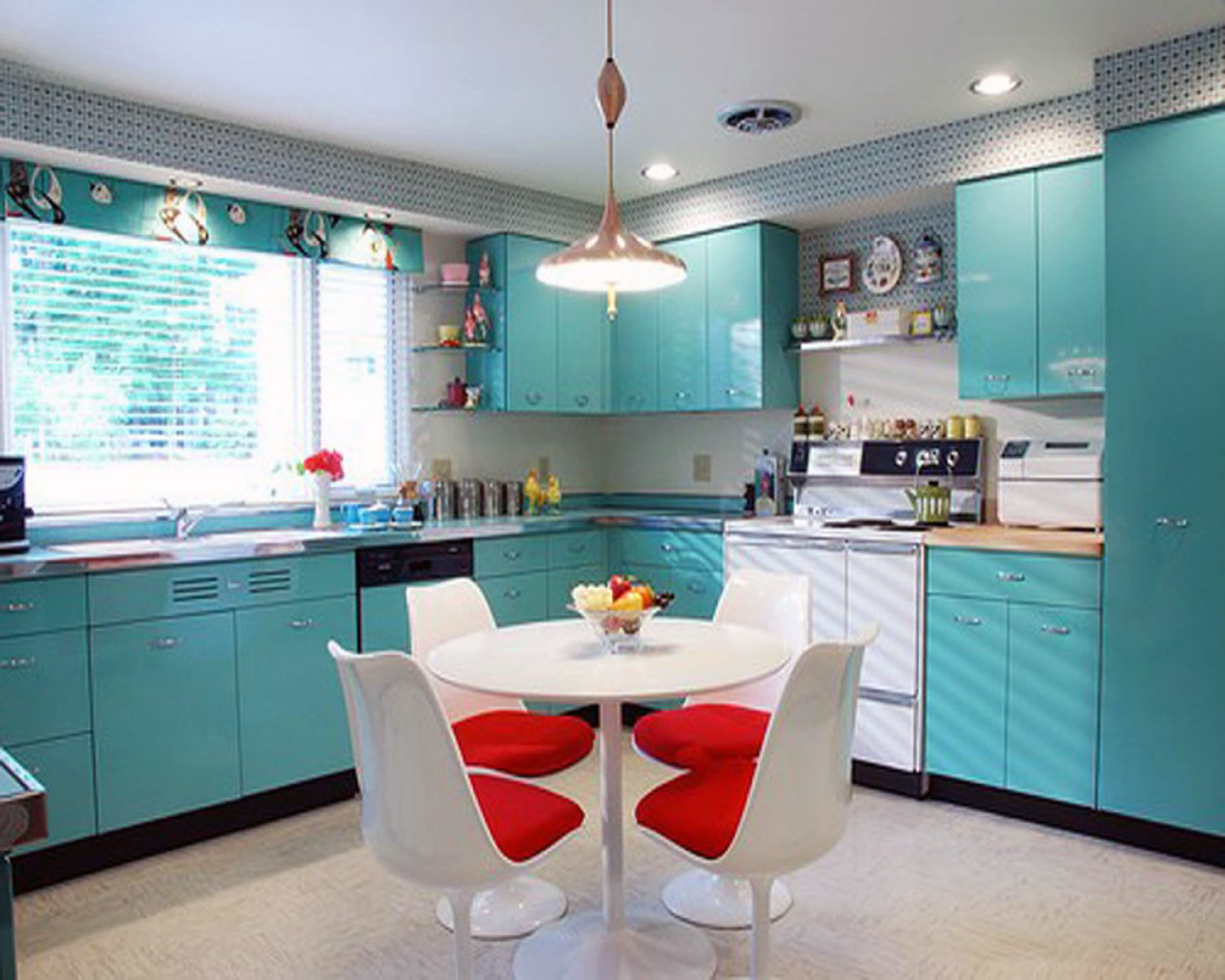 Kitchen Table Chairs Stainless Steel Sink Retro Kitchens White Granite Countertop In Op Turquoise Kitchen Decor Turquoise Kitchen Cabinets Blue Kitchen Designs