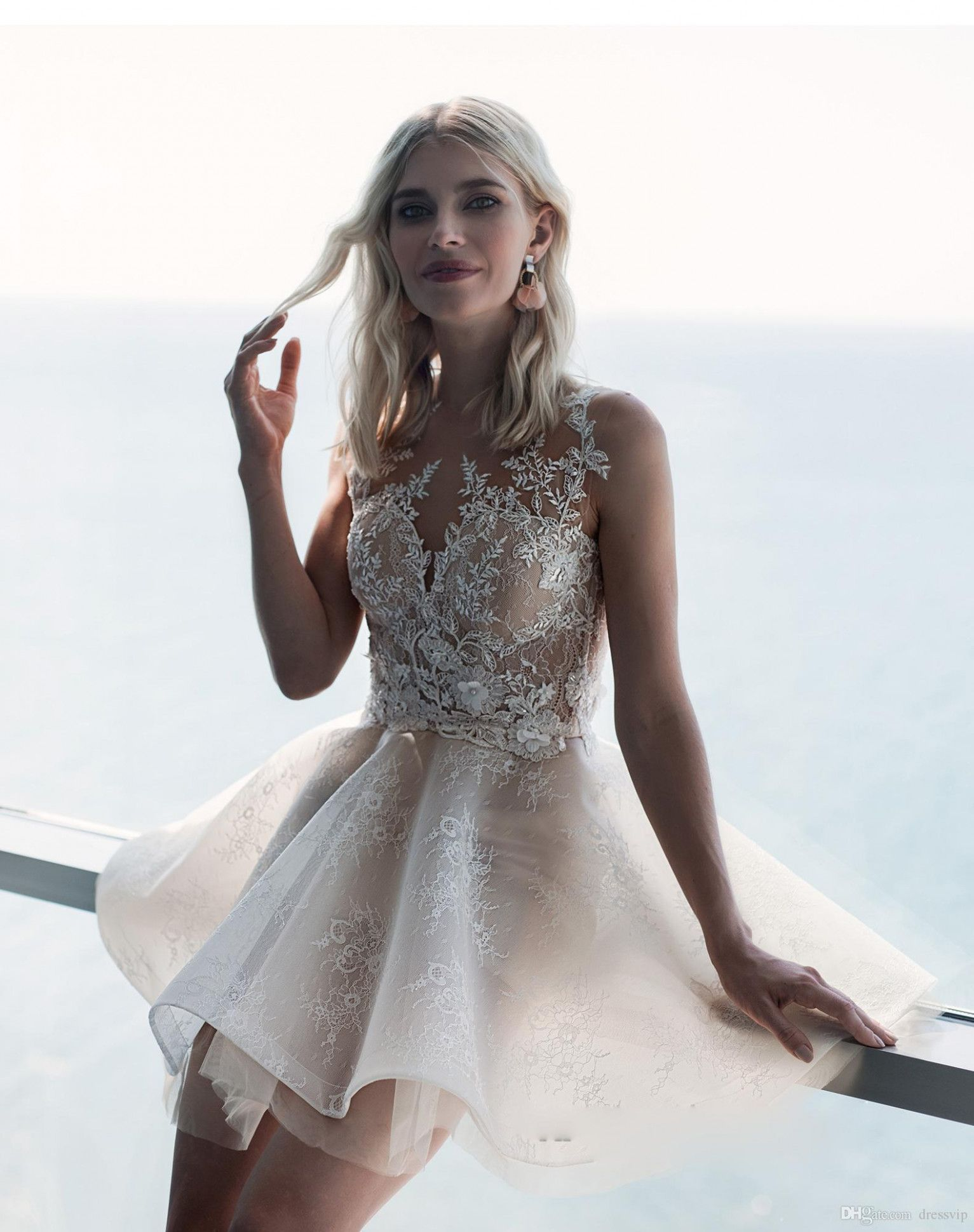 10 Ballkleider | Petite wedding dress, Ball gowns wedding