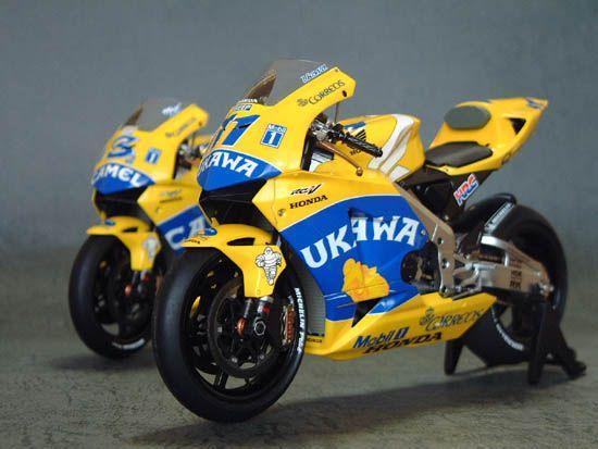 Honda RC 211V Team Honda Pons 2003 by Garage467 Connection (Tamiya)