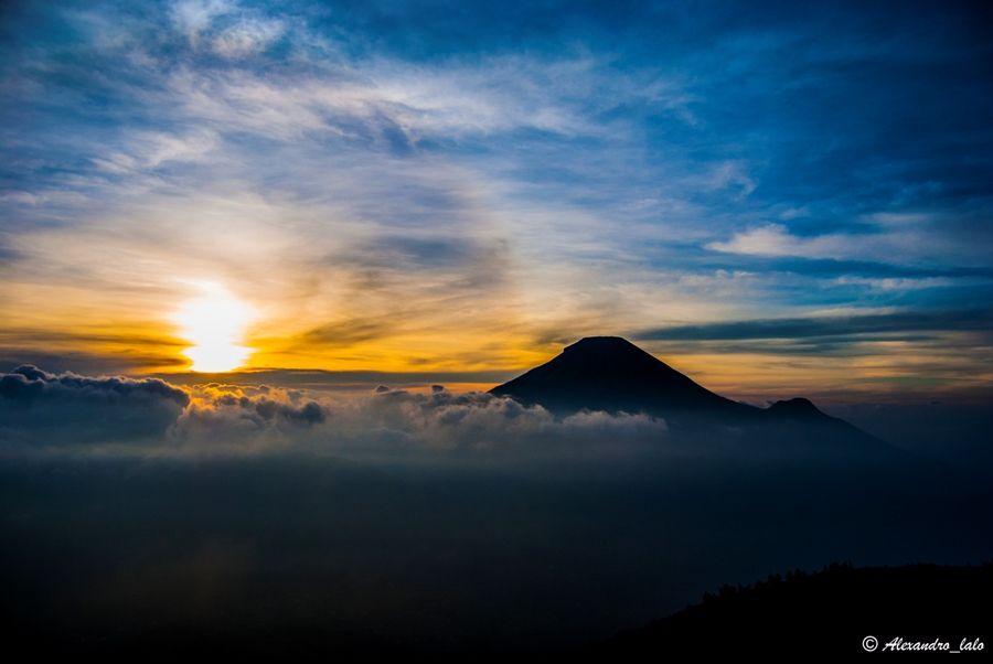 Sikunir Peak Dieng Wonosobo Pemandangan Fotografi Matahari Terbit Fotografi Alam